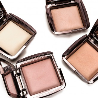 Мерцающая пудра Hourglass Ambient® Lighting Powder Mini